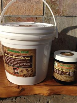 Herbal Antibiotic Sole Pack for Horses & Farriers-Comes in a 2lb barrel or 8 oz Trial Size